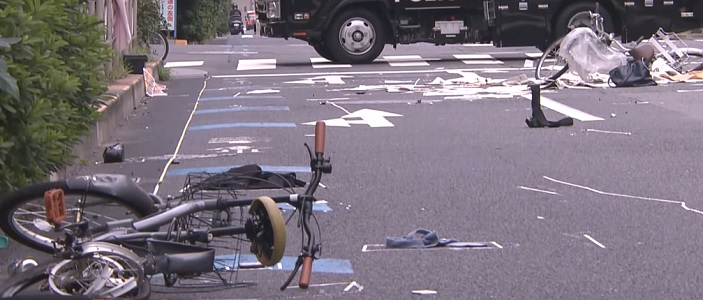 Anciano arrestado en Japón por atropellar a 2 ciclistas no recuerda el accidente